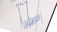 Donald Trumpin nimikirjoitus vuodelta 2004.  Copyright: / All Over Press. Kuva: GoldinAuctions/Splash.
