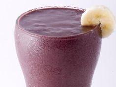 Suco de açaí (com banana e laranja)    INGREDIENTES:    •200 g de polpa de açaí…