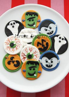 Edible Halloween cupcake toppers  MONSTERS  by PirateDessert