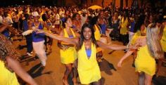 """Samba is a art and a style of music that has changed the way that Brazil has looked at music forever. Samba is known for its rhythm and beats. Samba is also known for the fast pace beats that allow ballroom dancers to express how they feel.""""Aquí pelo nosso mato, Qúestava então mui tatamba, Não se sabia de outra coisa, Senão a dança do samba.""""(Around our village here, Which was quite stupid by then, There was nothing else we knew, Besides the samba dance.(geocities1)."""
