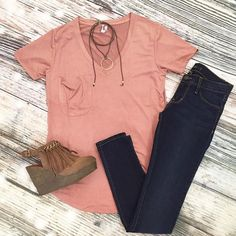 This suede like fabric on this pocket tee by @zsupply_ is everything!  choker by @lovepoppyjewels and fringed shoes by @sbiccafootwear  #shopmigis #casual#love #trend #want #basic #outfit