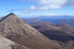 Glamaig and the northern Red Hills (Walkhighlands)