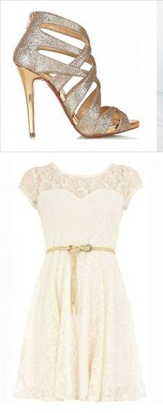 Jednoduché a sexi . Biele šaty podtrhnú vašu nežnosť a vysoké topánky zvýraznia vaše krásne nohy.
