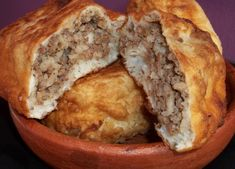 In this recipe we will show how to make a popular Georgian dish calledMtskheturiGvezeli(Georgian:მცხეთური ღვეზელი). It can be filled with meat (beef or a pork/beef mix), potato, mushrooms or ch…