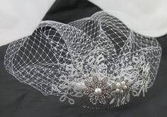 Straight out of the Vintage style, short birdcage veil with beaded appliqué and attached to a hair comb for an easy fit. Vintage Style, Vintage Fashion, Jewelry Design, Unique Jewelry, Bridal Headpieces, Hair Comb, 1940s, Veil, Bespoke