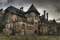 Furhouse Manor