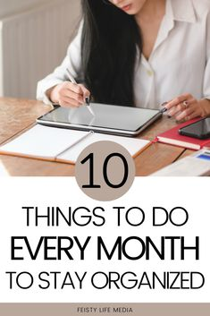 New month, new opportunities. Here are 10 things you should be doing at the beginning of every month to stay organized and productive. Getting Things Done, Things To Do, Organization Hacks, Organization Ideas, Every Month, Best Selfies, Make A Game, Ways To Recycle, How To Stop Procrastinating