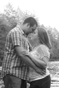 Zack & Karissa, Engaged. Piers Gorge. Photo by Meghan Straveler. #engagement #photography