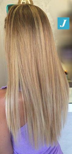 Impossibile non riconoscere le sfumature del Degradé Joelle! #cdj #degradejoelle #tagliopuntearia #degradé #igers #naturalshades #hair #hairstyle #haircolour #haircut #longhair #ootd #hairfashion
