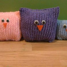 Owls made on the knifty knitter
