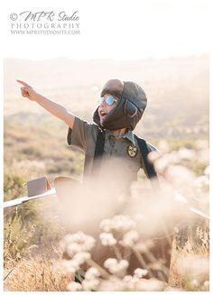 great idea for a little boy photo shoot