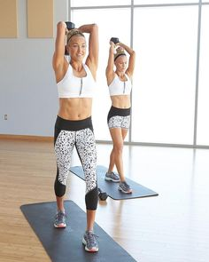 """2,460 Me gusta, 14 comentarios - Athleta (@athleta) en Instagram: """"Looking to strengthen and tone your arms? Head over to the Chi Blog for a 16-minute workout from…"""""""