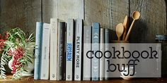 THE COOKBOOK BUFF www.theteeliebog.com   We also have the best reads for the cook bookworm! If your friend or loved one is hooked into books that are all about great food and recipes then check out our cookbook buff gift guide! #TeelieBlog