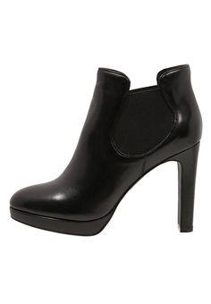 e37a04614d6f0 Low Boots Bruno Premi Boots à talons - nero noir  102,00 € chez Zalando (au  14 11 15). Livraison et retours gratuits et service client gratuit au 0800  740 ...