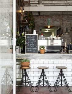 Feast of Merit - industrial chic in Melbourne - My Cosy Retreat | Interiors, DIY, Table settings, Travel escapes, Fashion, Vegan and vegetarian food