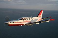 Empresa troca avião de US$ 3,9 milhões por soja - Fotos - UOL Economia