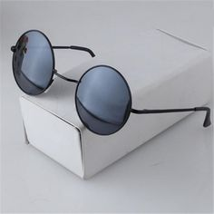 - Sunglasses lens color:Green,Gray,Brown,Silver- Usage Scope:Driving, Party, Travel,Shopping- For Gender/Ages:Men & Women Boys & Girls Youth Male &