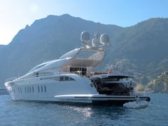 Auspicious Yacht | Seatech Marine Products / Daily Watermakers