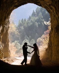 Danielle and Brian eloped to Colorado to be married. This beautiful, romantic picture was made after their Manitou Springs wedding ceremony.
