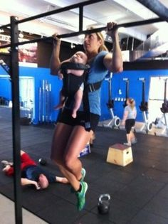 LOVE! --> Parents with a sense of humor/who are just awesome---like this mom doing crossfit with baby attached. No excuses.