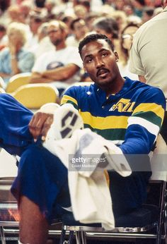 Jazz Basketball, Basketball Pictures, Love And Basketball, College Basketball, Basketball Players, Basketball Stuff, Karl Malone, Sports Images, Utah Jazz