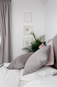 Blush, grey and white bedroom with gold accents #ParentingBedroom