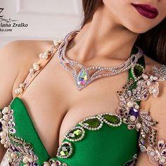 Утончённый , шикарный костюм от дизайнера @svetlanazralko. www.zralko.com #costume, #belly, #zralko