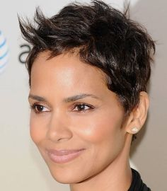 Short+Hairstyles+for+Women+Over+40+Oval+Face | Best Hairstyles for Oval Face Shapes | Hairstyles 2013 Celebrity Short Haircuts, Short Hairstyles 2015, Edgy Haircuts, Face Shape Hairstyles, Cute Hairstyles For Short Hair, Short Hair Cuts For Women, Curly Hair Styles, Natural Hair Styles, Edgy Hairstyles