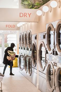 How To Clean Clothes Naturally, From The Owners Of NYC's Trendiest Laundromat Dry Cleaning Business, House Cleaning Tips, Cleaning Hacks, Laundromat Business, Laundry Business, Laundry Shop, Coin Laundry, Laundry Closet, Dormitory