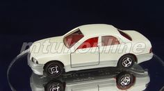 TOMICA 055F TOYOTA CROWN MAJESTA | 1/64 | 55F-1 | NO SEAT LEDGE | 1992 JAPAN Toyota Crown, Old Models, Diecast, Auction, Vans, Trucks, Japan, Contemporary, Crafts