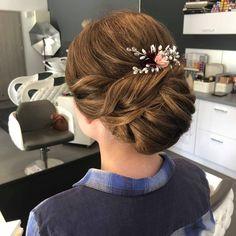 Wedding Hair Accessories, Wedding Hairstyles, Bride, Instagram Posts, Fashion, Wedding Bride, Moda, Bridal, Fashion Styles