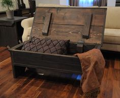 Hey, I found this really awesome Etsy listing at https://www.etsy.com/jp/listing/72676006/4-foot-coffee-table-with-storage