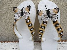 chinelo-havaiana-bordado-com-borboleta.jpg (580×435)