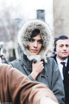 London_Fashion_Week_Fall_Winter_2015-Street_Style-LFW-Collage_Vintage-Alexa_Chung_Parka-3