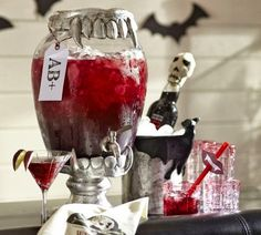 Halloween party season is upon us! Take a look at these dishes you definitely need to have if you are throwing a vampire theme Halloween party. Vampire Theme Party, Vampire Halloween Party, Table Halloween, Pottery Barn Halloween, Halloween Week, Halloween Party Themes, Halloween Drinks, Holidays Halloween, Halloween Treats