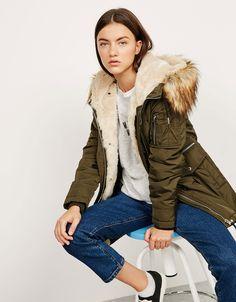 Fur and nylon parka with detachable hood - Coats and jackets - Bershka Bosnia and Herzegovina