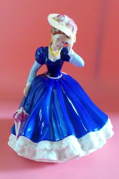 Royal Doulton Figurine MARY Figure Of The Year 1992 HN 3375