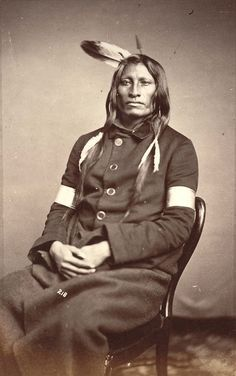 Warriors of the Plains Native American Warrior, Native American Regalia, Native American Beauty, American Indian Art, Native American Photography, Native American Pictures, Japanese Warrior, Navajo, Plains Indians