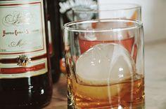big ass ice cubes, ice spheres, negroni recipe, cocktails, home bar #diy