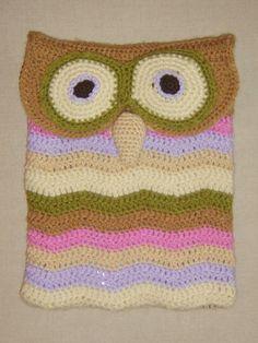 funda tablet con forma de búho. Owl tablet cover
