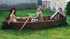pirate-ship-halloween-decor-yard..  hey, we could use old folks canoe...