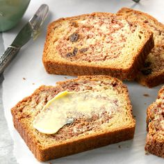 Cinnamon Raisin Quick Bread Recipe -Cinnamon and raisins bring heartwarming flavor to this mildly sweet bread. It's ideal for an on-the-go breakfast or a quick snack before dinner. —Flo Burtnett, Gage, Oklahoma Cooking Corn, Cooking Bread, Bread Baking, Cooking Recipes, Fruit Bread, Dessert Bread, Banana Bread, Best Bread Recipe, Healthy Bread Recipes