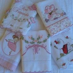 New embroidery baby boy crib bedding Ideas Baby Boy Crib Bedding, Baby Boy Cribs, Baby Sheets, Patchwork Baby, Baby Burp Cloths, Embroidery Monogram, Boy Quilts, Baby Sewing, Sewing Clothes
