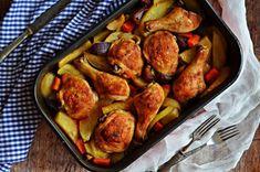 Tepsis csirkecombok vele sült zöldségekkel – Rupáner-konyha Tandoori Chicken, Chicken Recipes, Turkey, Potatoes, Vegetables, Ethnic Recipes, Food, Turkey Country, Vegetable Recipes