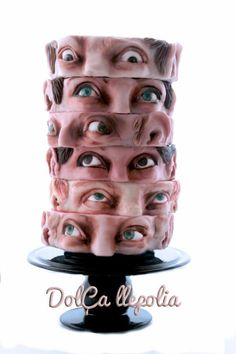 Halloween Doner Kebab Hello friends, this is the cake I have prepared for the halloween party. Halloween Cakes, Happy Halloween, Halloween Goodies, Halloween 2020, Horror Cake, Scary Cakes, Planet Cake, Realistic Cakes, Gravity Defying Cake