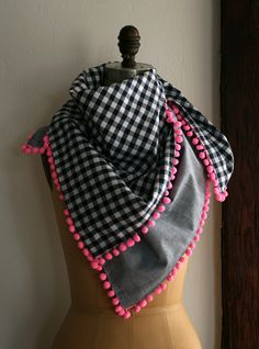 Pom poms are so hot right now!  Super cute mini Pom scarf how-to @ Purl Soho