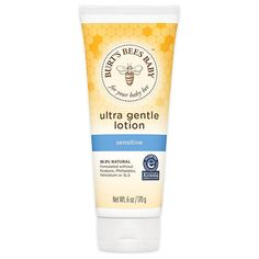 Baby Ultra Gentle Lotion - Burt's Bees Baby Ultra Gentle Lotion is lightweight, quick-absorbing lotion made with Shea butter, Jojoba and Aloe and is gentle enough to keep baby's sensitive skin soft, smooth and supple. Skin So Soft, Smooth Skin, Soothing Baby, Gentle Baby, Baby Lotion, Baby Shampoo, Baby Gift Sets, Burts Bees, Shea Butter