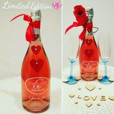 Idea e bottiglia serie limitata per San Valentino.
