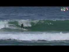 http://www.euskadi-surf.tv Reportaje Euskadi Surf TV - 16 de Mayo 2013 - Sesion de SUP, Stand Up Paddle en la ola de Mundaka ( Biscaye ).   Session de SUP , Stand Up Paddle sur la celebre vague de Mundaka connue dans le monde entier   Surfing Mundaka in the Basque Country