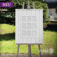"""Platzanweiser """"Window""""  Dieser Tischplan aus weiß lackiertem Holz mit 9 Fenster die hinter eine Glasscheibe geschützt schützt."""